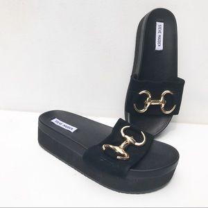 Steve Madden platform horsebit Sandals 8 Black